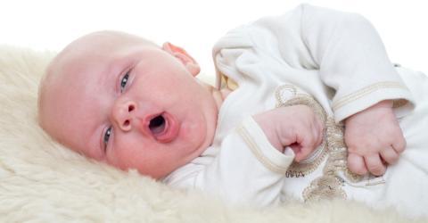 Sie denkt ihr Baby hat nur Husten, doch die Symptome offenbaren Schlimmes