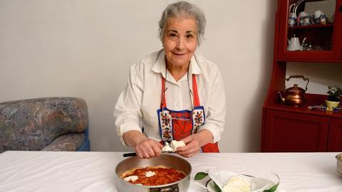 Rührend: Wegen Vergangenheit ihres Mannes verzichtet Frau 70 Jahre auf Pizza