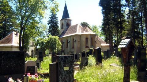 Billig-Bestattung für Arme: Doch die letzte Ruhestätte ist nicht in Deutschland