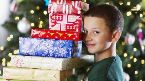 Weihnachtsgeschenke: So bringt ihr eure Liebsten zum Strahlen