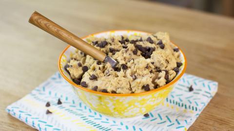 Veganer Cookie Dough: Ein gesunder Keks-Teig zum Naschen ohne Reue