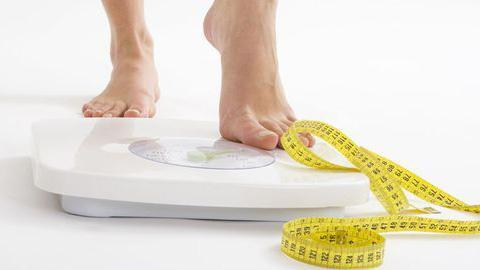 Ohne Diät und Krafttraining: Revolutionäre Methode lässt Pfunde purzeln