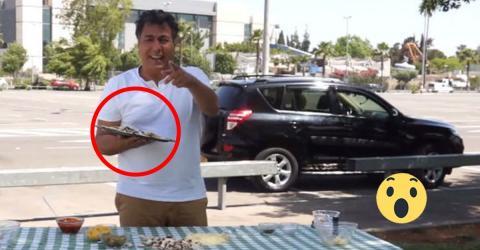 Ein Video, das allen zu denken gibt! Er bereitet eine Pizza zu und legt sie ins Auto.
