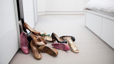 Dieses kleine Wunder von Amazon bringt Ordnung in dein Schuh-Chaos!
