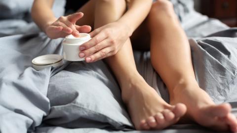 Darum solltest du jeden Abend die Füße mit WICK VapoRub eincremen