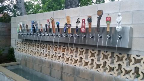 Bier-Brunnen in Zalec in Slowenien eröffnet