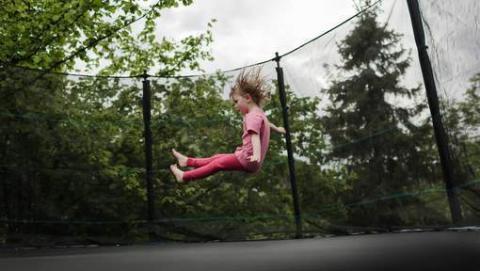 Bei diesen alltäglichen Gefahren im Haus und Garten passieren die meisten Unfälle