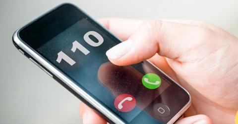 Polizei warnt: Wenn die 110 bei dir anruft, musst du richtig reagieren!