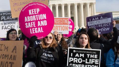 Strengstes Abtreibungsgesetz tritt in den USA: Dieser Star geht auf die Barrikaden