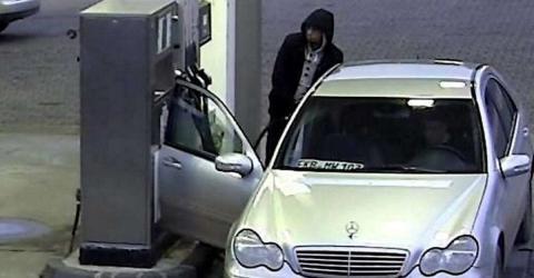 Achtung! Neue Masche von Dieben an der Tankstelle alarmiert die Polizei!