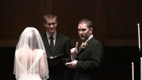 Dieser Mann unterbricht seine Hochzeit. Du wirst niemals erraten, warum!