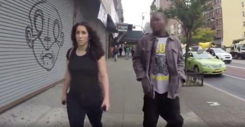Was diese Frau durchmachen muss, wenn sie durch die Stadt geht, ist schrecklich