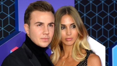 Drama nach Hochzeit: Mario Götze lässt seine Ann-Kathrin links liegen