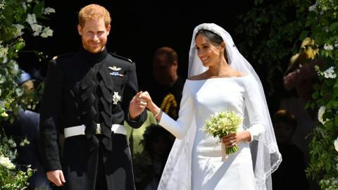 Meghan Markle: Jetzt wird ihr das Hochzeitskleid weggenommen!