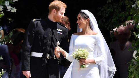Der wahre Grund, warum Meghan ihren Brautstrauß nicht in die Menge geworfen hat