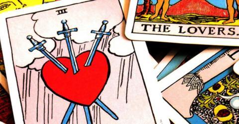 Tarot-Karte und Sternzeichen: Welche passt zu mir?