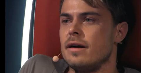 The Voice: Juror bricht in Tränen aus, als er sieht, wer da gerade singt