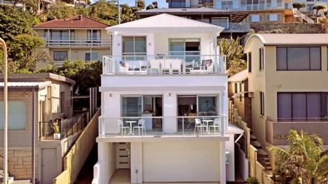 In Australien gibt es für gut 3 Euro eine stolze Villa zum Verkauf!