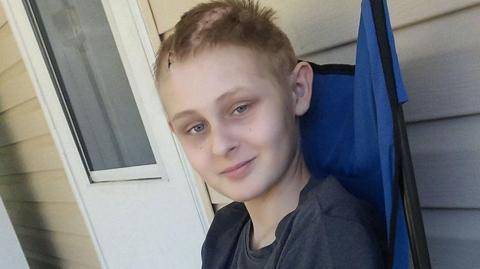 13-Jähriger ist klinisch tot. Doch als seine Eltern die Geräte ausschalten wollen, trauen sie ihren Augen nicht