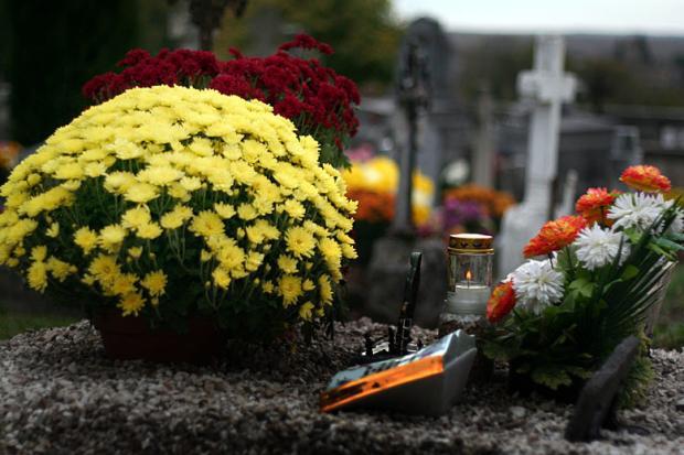 Allerheiligen: Was ist der Unterschied zwischen Allerheiligen und dem Totensonntag?