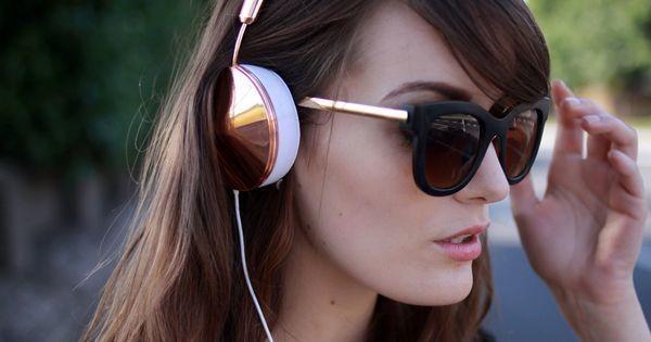 Kopfhörer und Haare