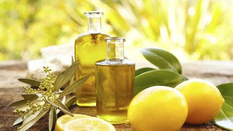 aromatherapie behandlung mit therischen len verschiedene diffuser rezepte. Black Bedroom Furniture Sets. Home Design Ideas