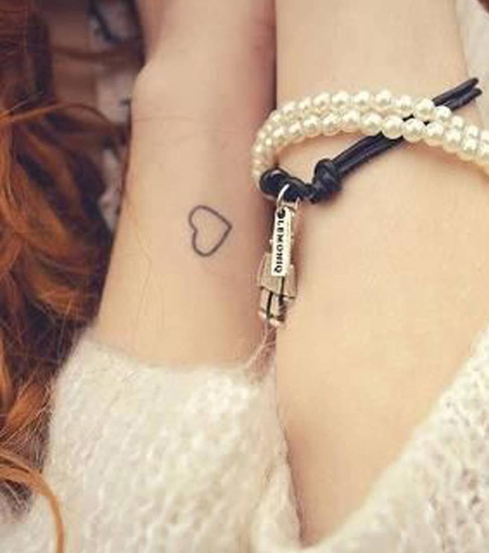 Handgelenk Tattoo 20 Tattoo Ideen Fur Kleine Motive