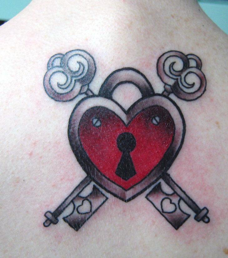 Herz Tattoo 20 Tattoo Ideen Für Alle Körperstellen