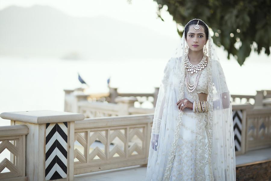 Hochzeitskleid : Neuigkeiten, Fotos, Videos