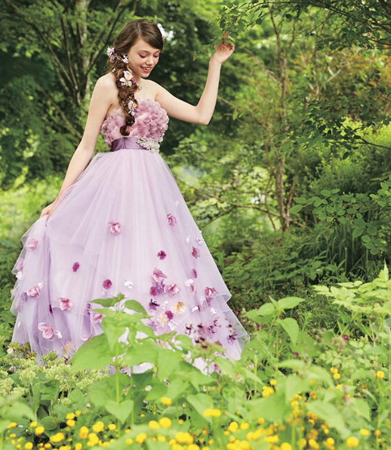 Endlich gibt es sie. Disney-Brautkleider im Stil unserer ...