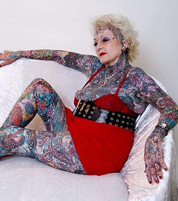 Menschen tattoo alte Diese Fotos