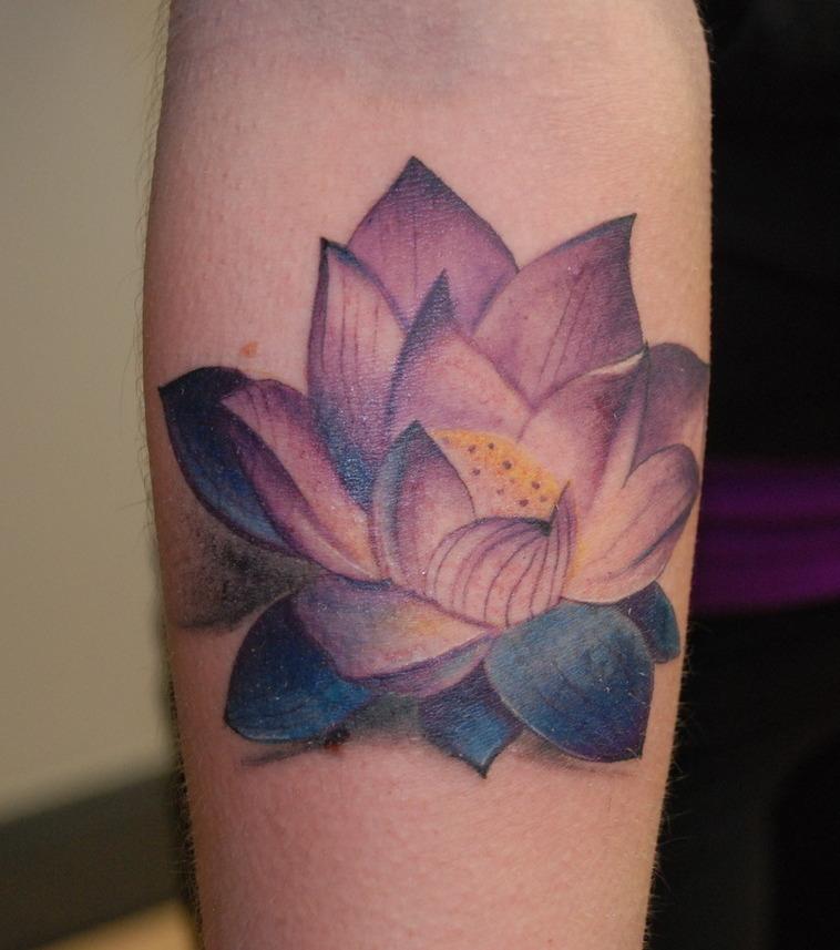 Blumen Tattoo 20 Tattoo Vorlagen Zur Inspiration Fur Alle Korperpartien