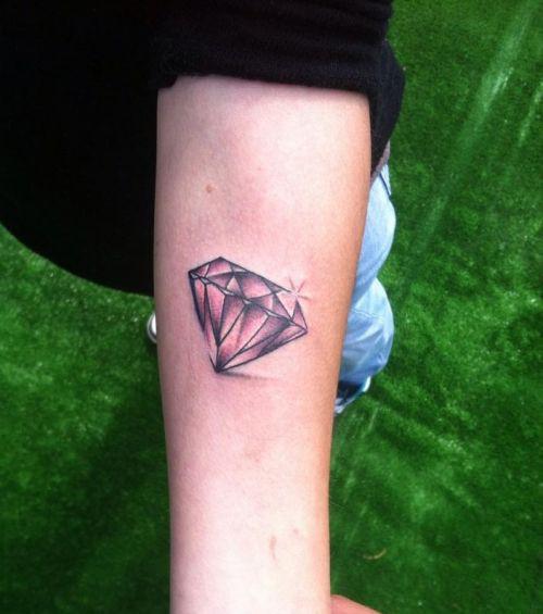 Diamant Tattoo 20 Schone Tattoo Ideen Zur Inspiration 15 3