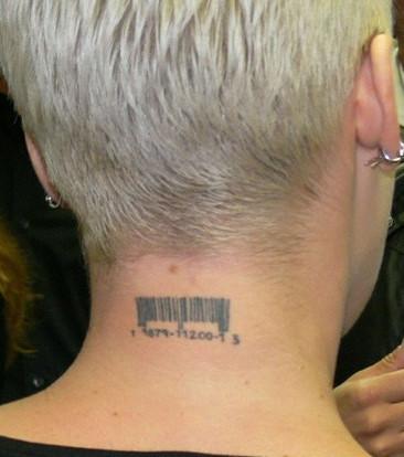 Schrift mann tattoo hals 80 Rune