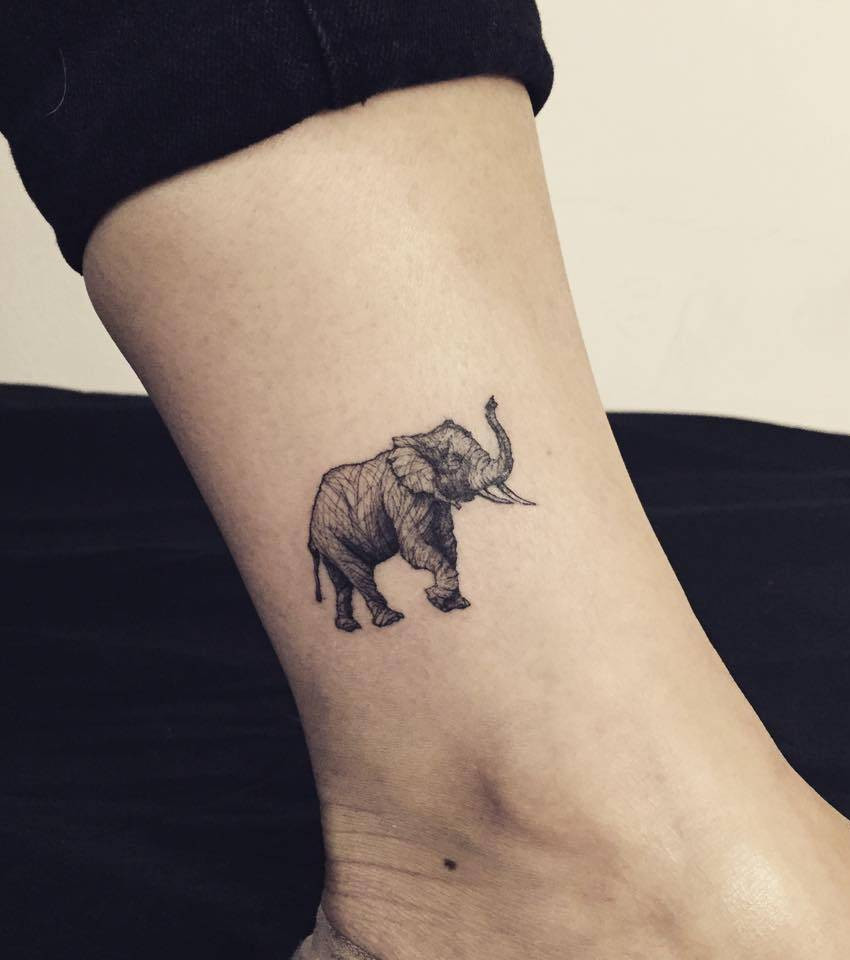 Knöchel Tattoo 20 Motiv Ideen Zur Inspiration