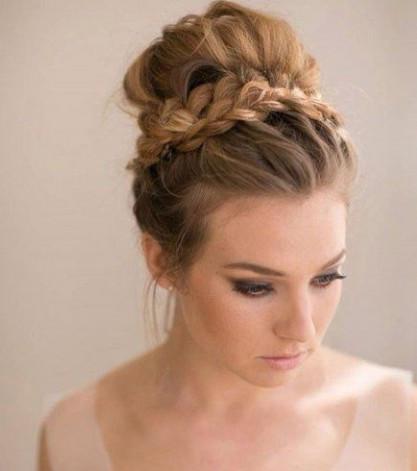 Brautfrisuren 20 Ideen Fur Eine Ideale Frisur Am Hochzeitstag