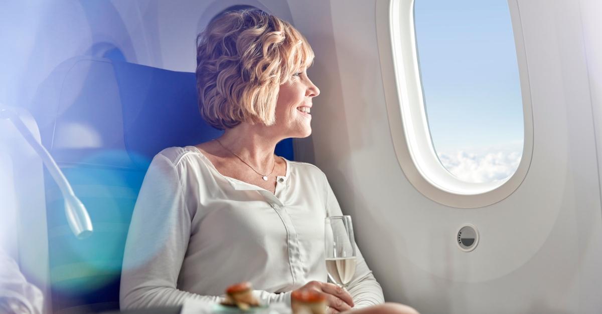 Neun Dinge, die man im Flugzeug auf Anfrage kostenlos bekommt