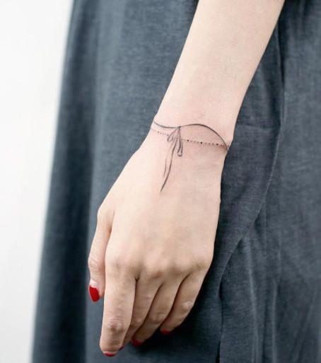 Home Tattoo Spirit Tattoo Ideen Fusskettchen
