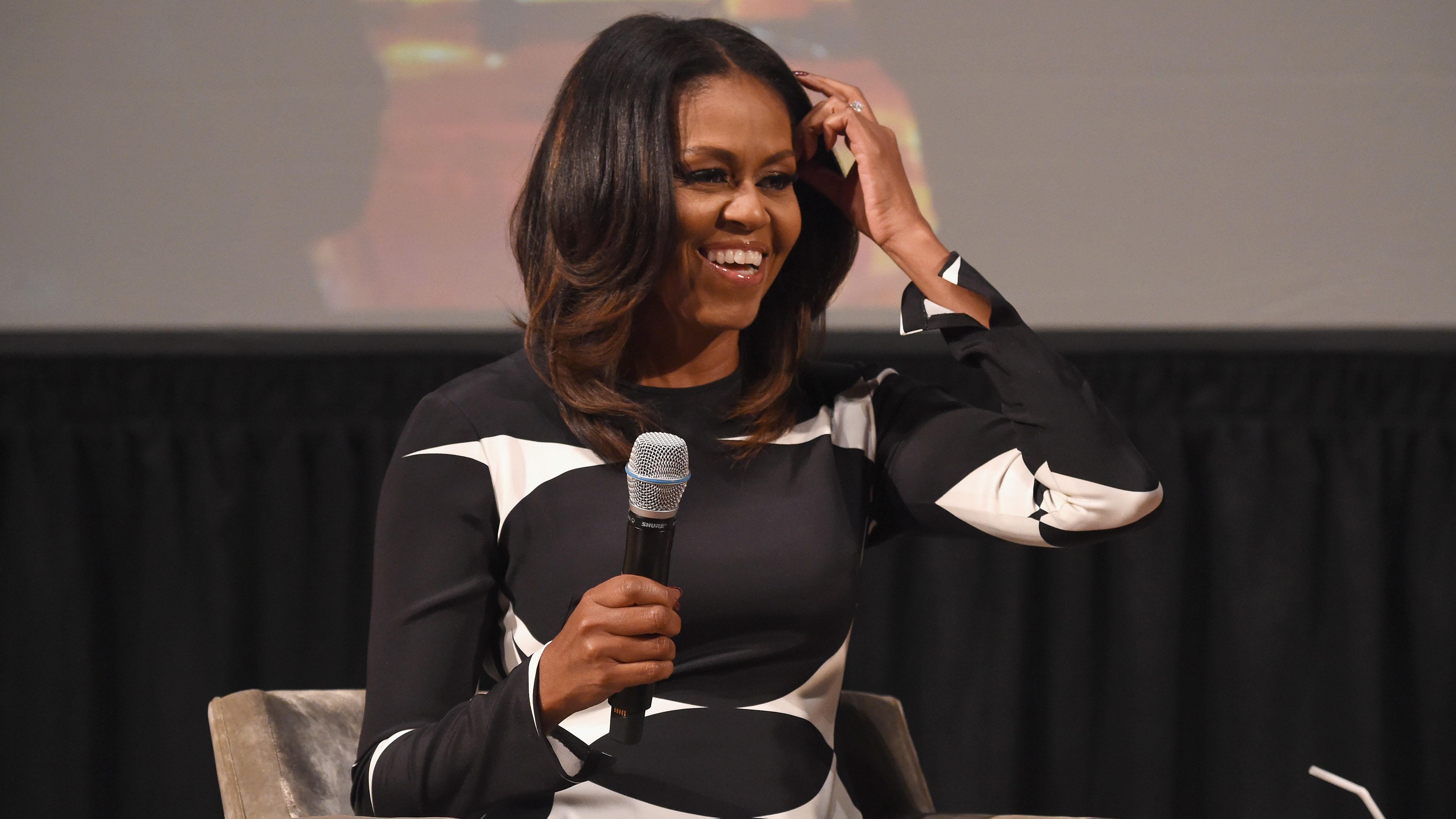 Michelle Obama: Mit dieser natürlichen Haarpracht verzaubert sie alle