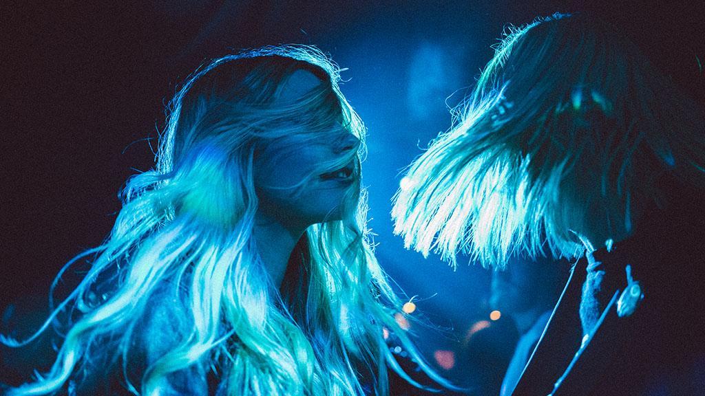 Haare wie die Eiskönigin: Blaublond ist die Trendhaarfarbe im kommenden Winter
