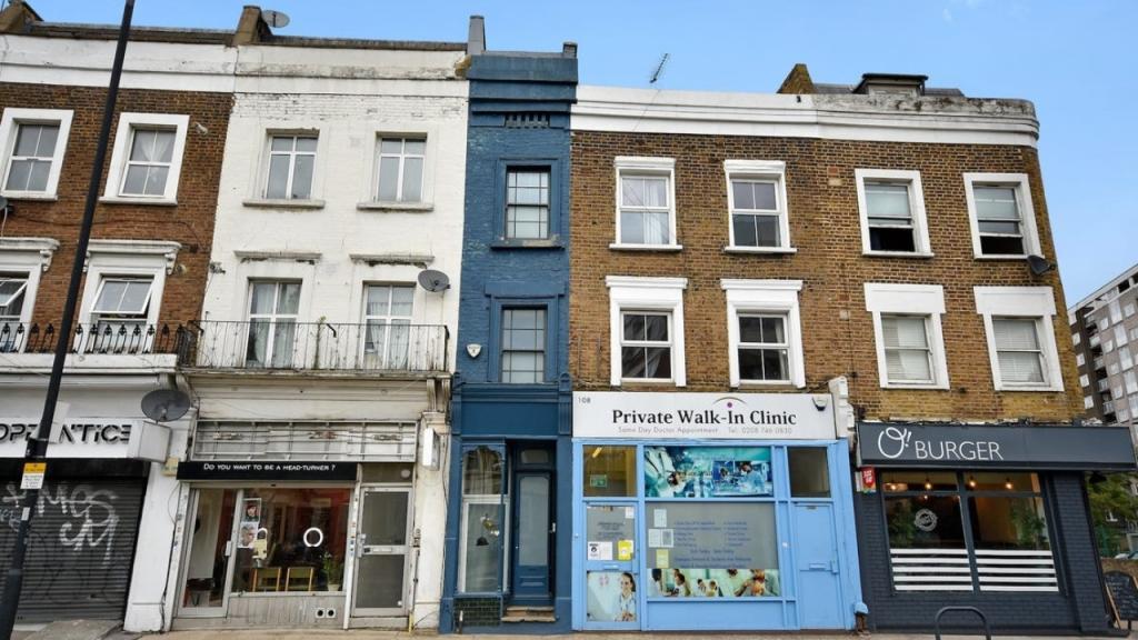 FOTOS: Londons schmalstes Haus steht zum Verkauf!