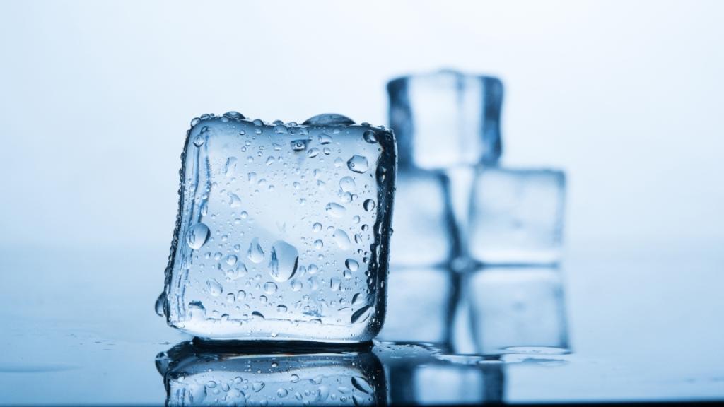 Verkanntes Wundermittel: Was ihr mit Eiswürfeln alles machen könnt!