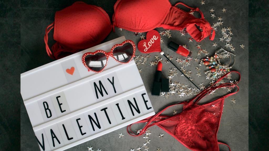 Valentinstag: Dein Sternzeichen verrät, welche Dessous zu dir passen!
