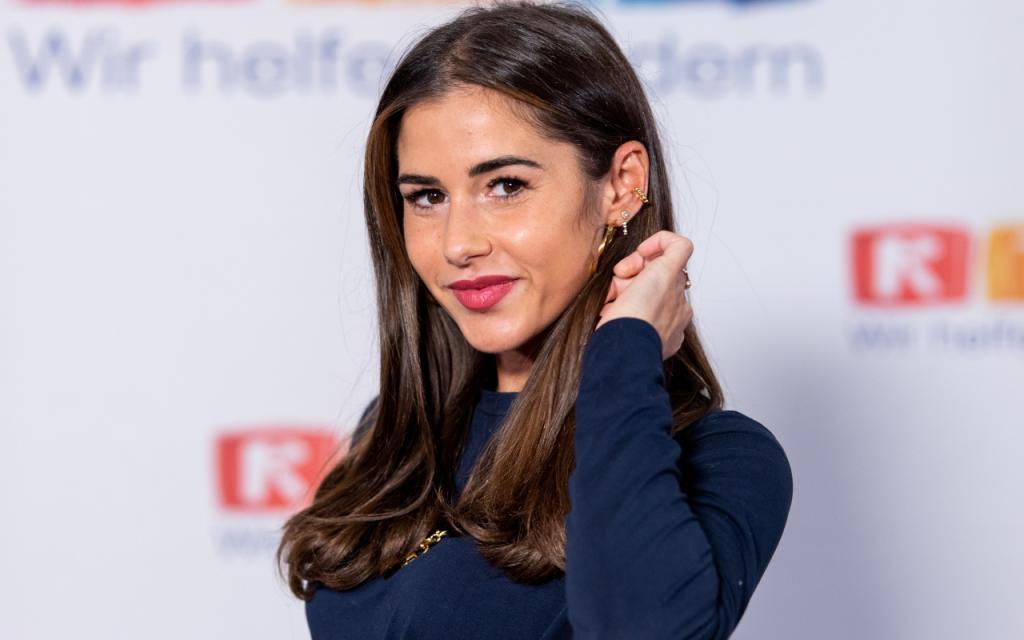 Fake sarah engels Sarah Lombardi