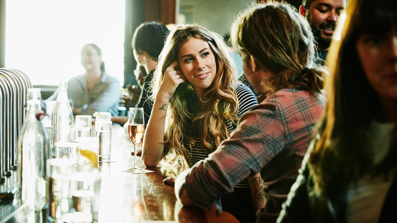 Sexuelles Signal: Frauen verlieben sich besonders oft in