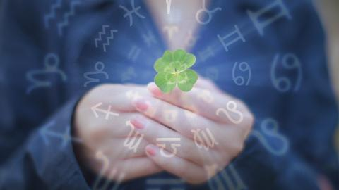 Drei bestimmte Sternzeichen sind die größten Glückspilze!