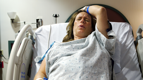 Sie hat drei Jahre lang einen Babybauch, dann entdecken Ärzte endlich den Grund