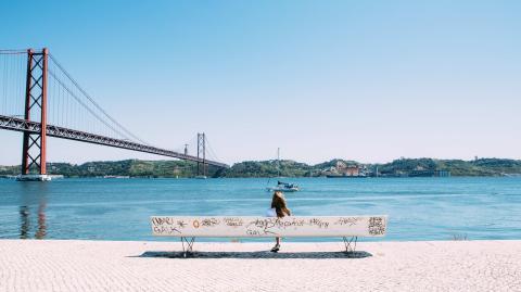 Delta überfällt Portugal - Auch andere Urlaubsregionen müssen sich auf steigende Zahlen gefasst machen!