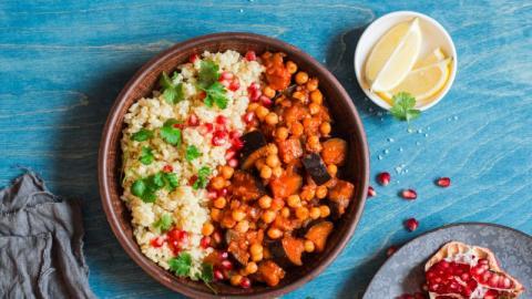 Schnelles Couscous: Ein einfaches Rezept mit weniger als fünf Zutaten
