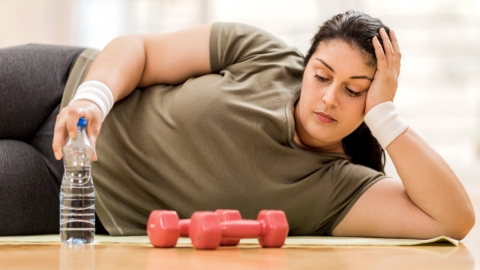 Mit 133 kg beschließt Frau abzunehmen: Doch sie verliert viel mehr als nur ihr Gewicht
